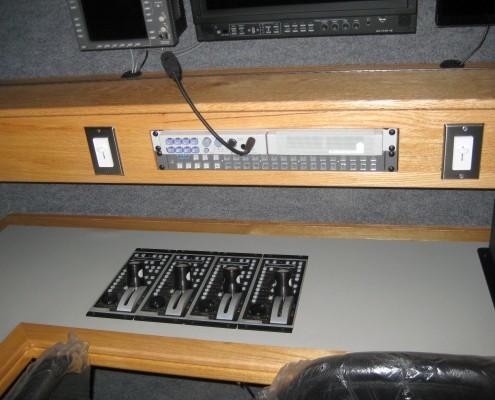ENG/DSNG Desk Controls